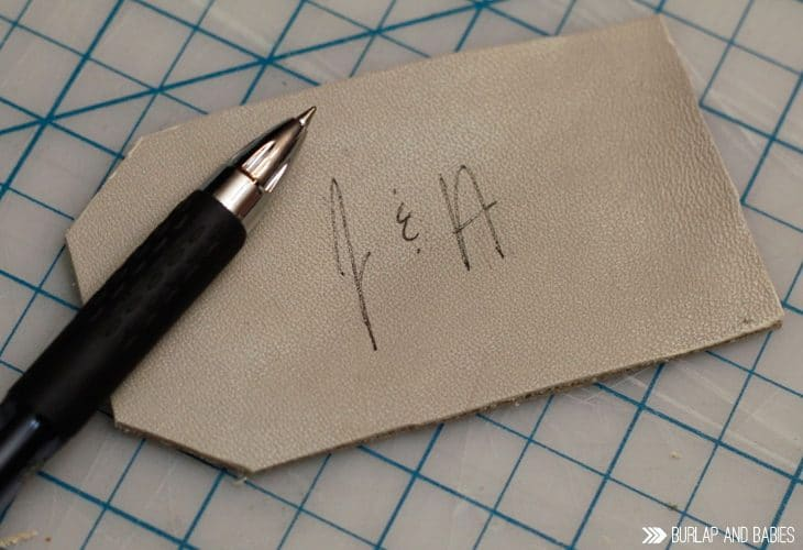 Leather Luggage Tag   Create these easy luggage tags from an old leather purse. Celebrate the 2nd traditional anniversary with the gift of leather. Plus, get a free printable with 10 more leather gift ideas!