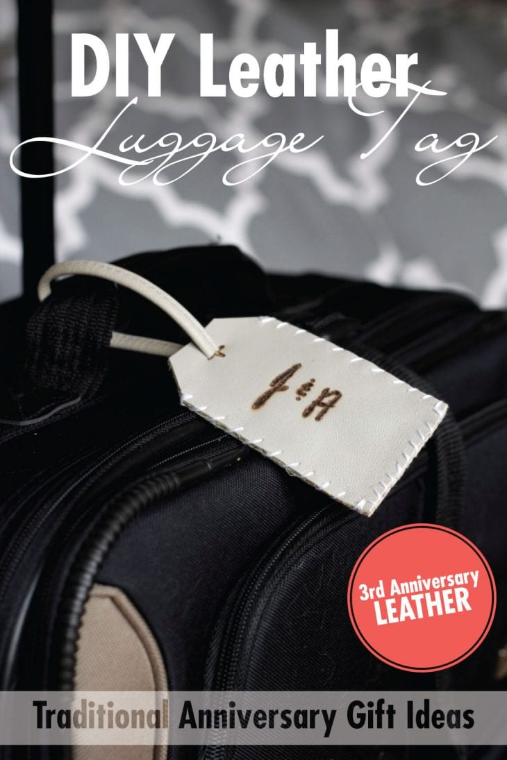 Leather Luggage Tag | Create these easy luggage tags from an old leather purse. Celebrate the 3rd traditional anniversary with the gift of leather. Plus, get a free printable with 10 more leather gift ideas!