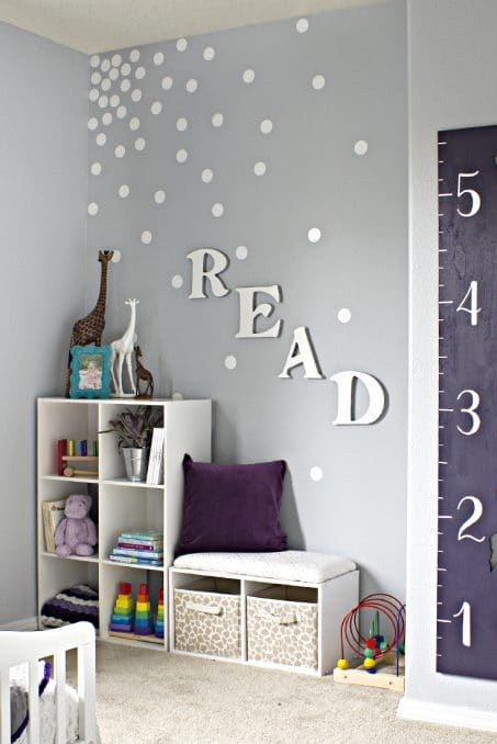 Vinyl feature wall image.