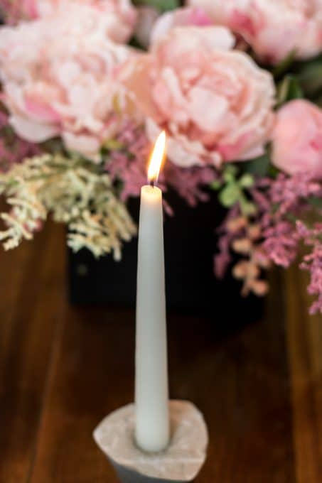 Valentine's dinner candle image