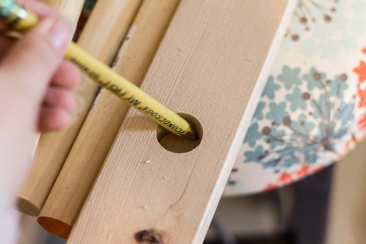 Image of tracing for wood blanket ladder