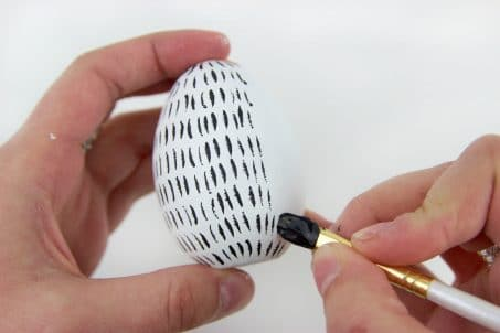 Modern Easter Egg Decorating Idea with brush strokes