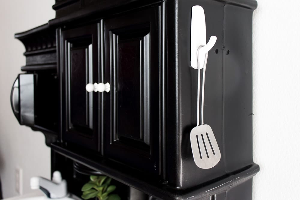 Image of Play kitchen makeover server