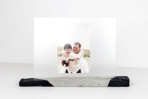 Image of concrete picture stand final