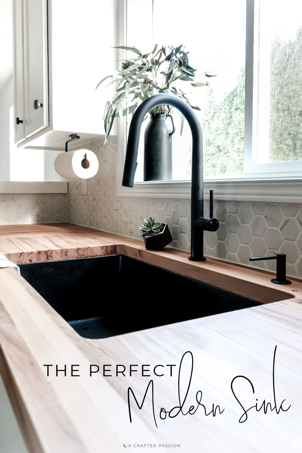 Looking for a new sink? With clean lines, a black finish, and easy to clean surface, this is the perfect modern kitchen sink! Sponsored by Elkay #modernkitchen #kitchensink